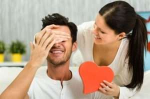 Какие духи подарить мужчине на День святого Валентина